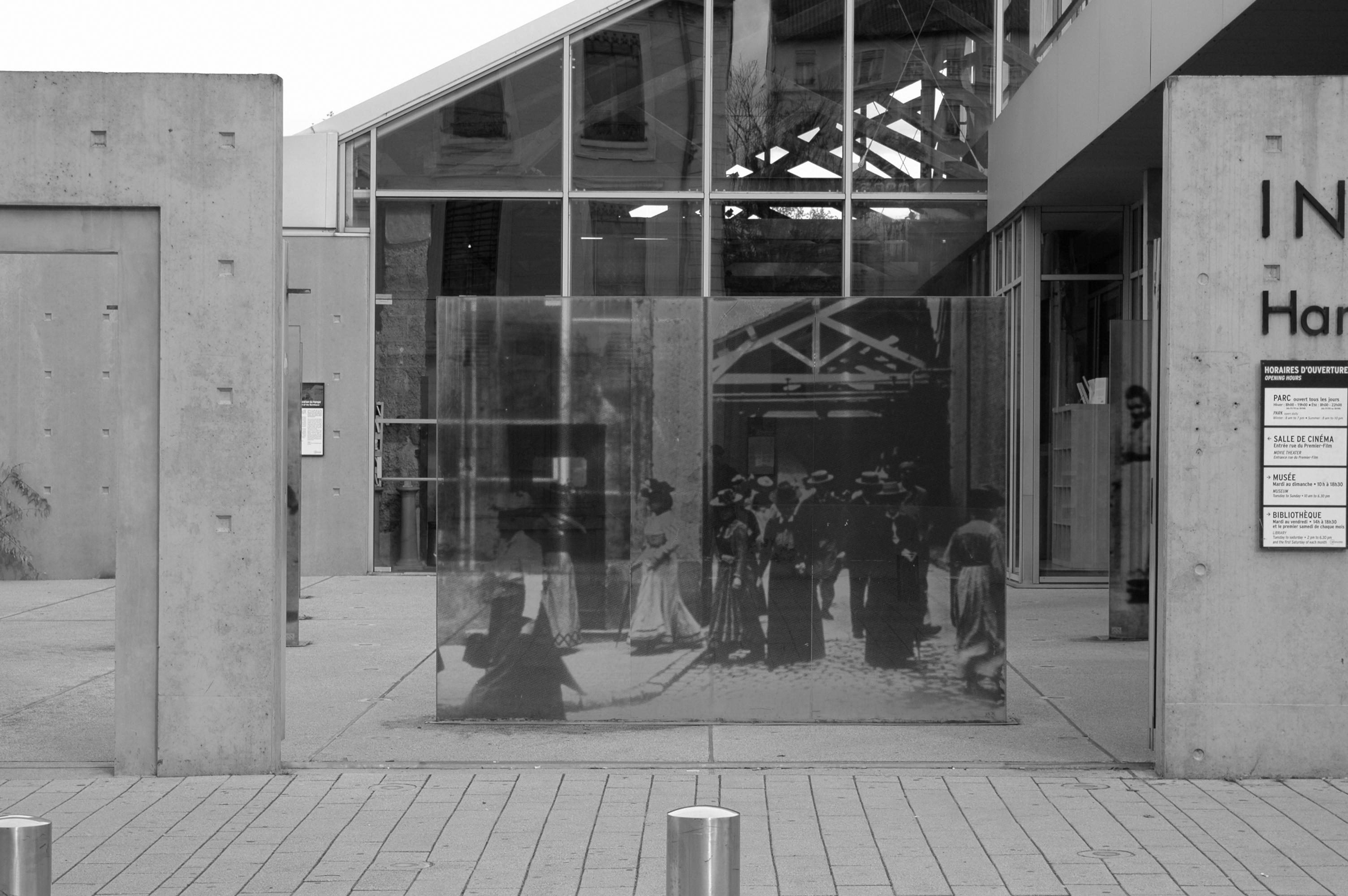 """""""L'Hangar du Premier-Film. Lione. Rue du Premier Film."""""""