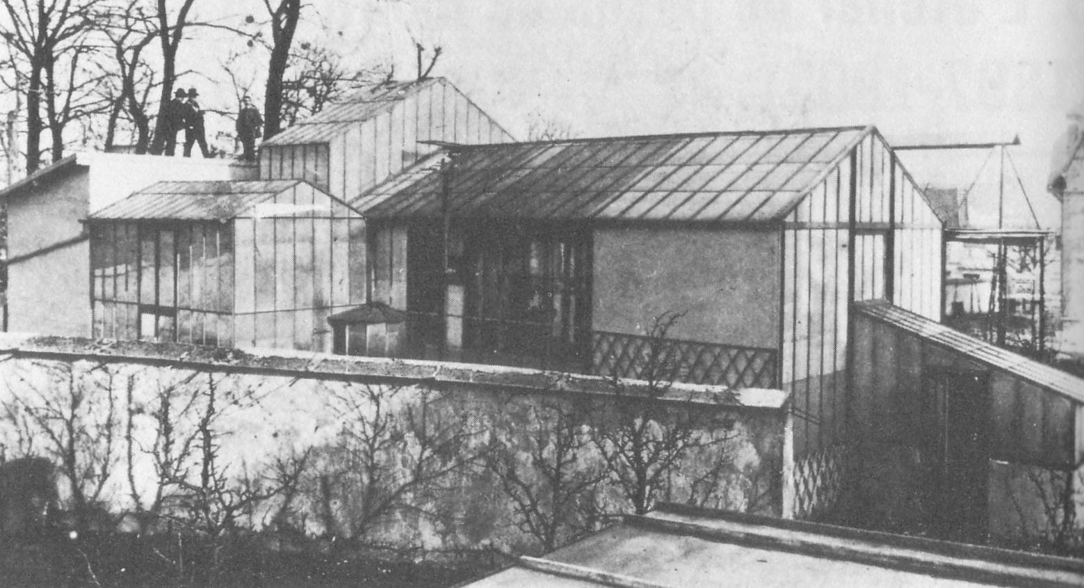 """""""Lo studio di Méliès a Montreuil. Esterni"""""""
