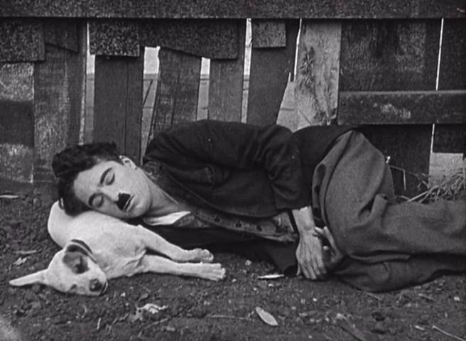"""""""Chaplin in Vita da cani"""""""