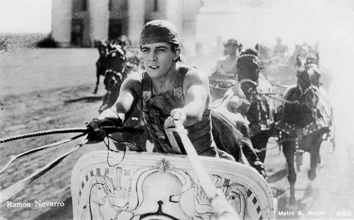 """""""Immagine tratta dalla sequenza della corse delle bighe in Ben Hur di Fred Niblo."""""""