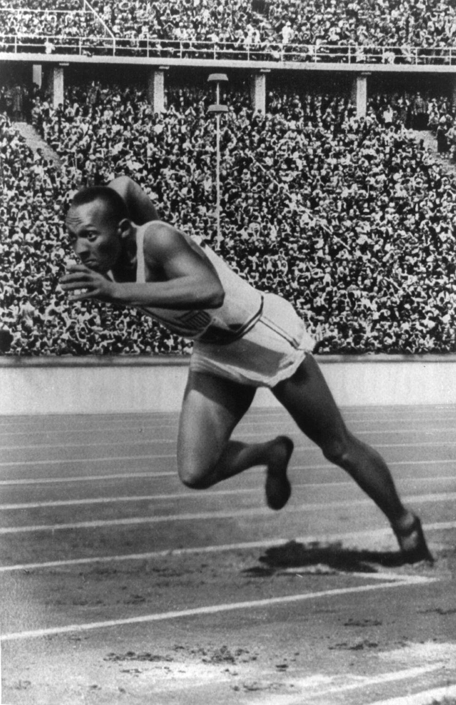 """""""Jesse Owens alla Olimpiadi di Berlino del 1936"""""""