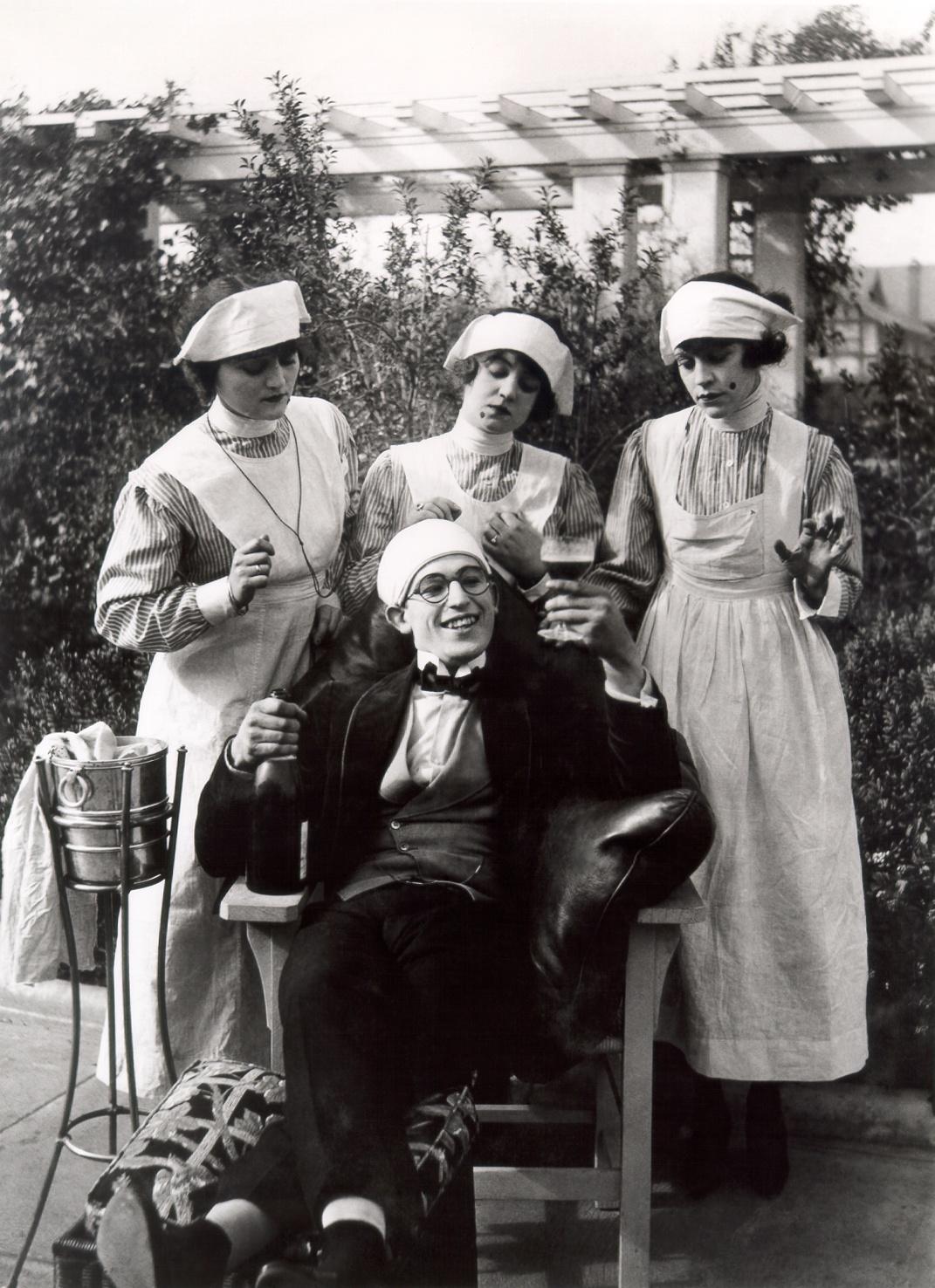 """""""Harold Lloyd in """"Lonesome Luke Loses Patients"""" (1917)"""""""
