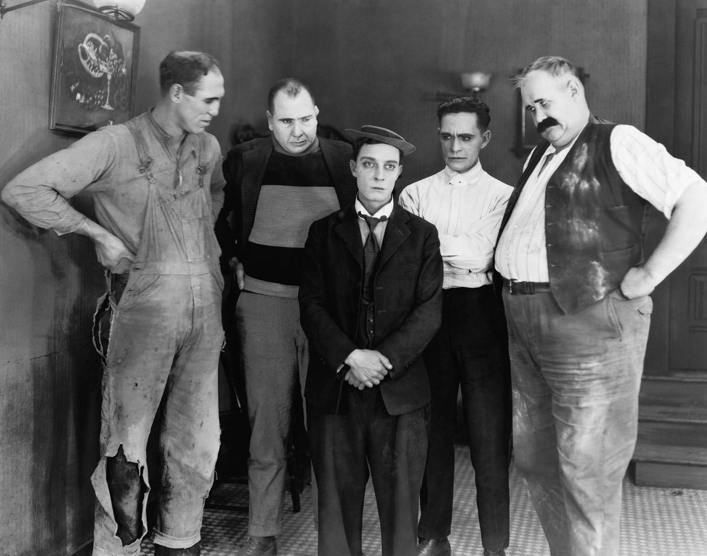 """Buster Keaton nel film Neighbors (1920)"""